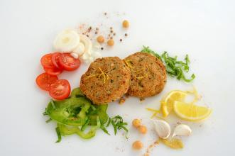 middle-eastern-falafel-patties-1600x1067px.jpg